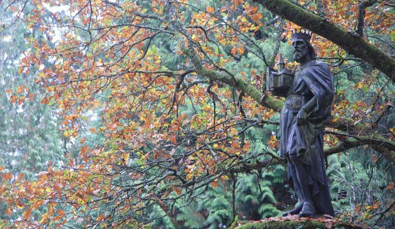 Statue Du Roi Judicaël, à Paimpont